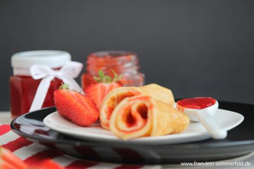 Pfannkuchen mit Erdbeermarmelade_05